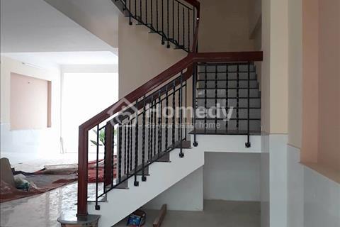 Cần cho thuê nhà tại đường Nguyễn Xiễn, quận 9, giá 18 triệu/tháng