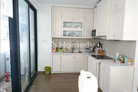 Cho thuê gấp căn hộ cực đẹp tòa Vinhomes Gardenia, 73m2, 2 phòng ngủ, đồ cơ bản, 12 triệu/tháng