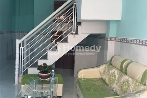 Nhà mới Tô Ngọc Vân 50m2 ngay Ủy Ban và chợ Thạnh Xuân, 1 lầu, 2 phòng ngủ, tặng full nội thất