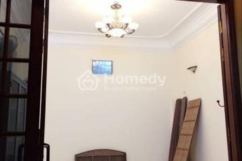 Cho thuê nhà sau nhà mặt phố Nam Đồng kéo dài diện tích 60m2 x 3 tầng, giá 10,5 triệu/tháng