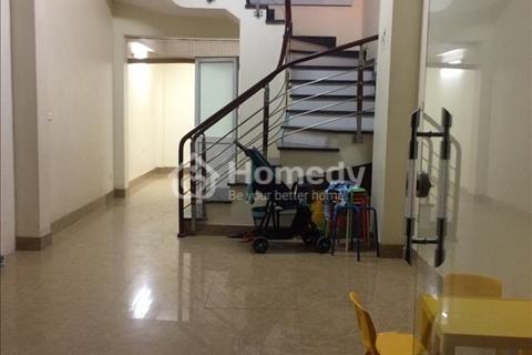 Cho thuê nhà phân lô đường Nguyễn Hoàng, 45 m2 x 4.5 tầng