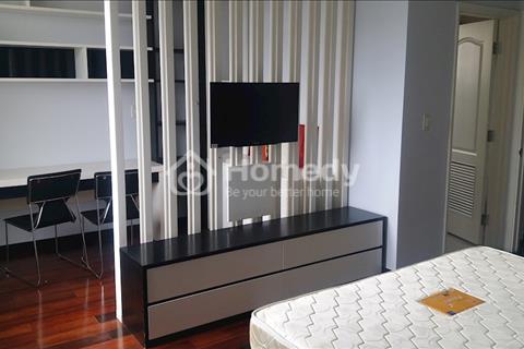 Cần bán căn hộ Green View Phú Mỹ Hưng sàn gỗ, full nội thất 107m2 bán giá rẻ