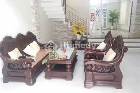 Bán nhà hẻm xe hơi đậu cửa Lê Quang Định, 6 phòng ngủ, 7wc, diện tích 65m2