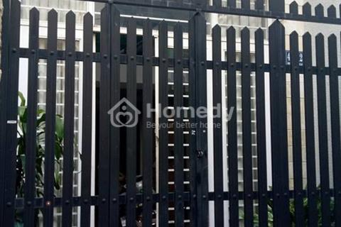 Bán nhà Lạc Long Quân, hẻm xe hơi, Quận Tân Bình, 36m2, 2 lầu, 2.35 tỷ