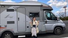 Vợ Việt chồng Nhật cùng con rong ruổi trên 'ngôi nhà di động' tiền tỷ