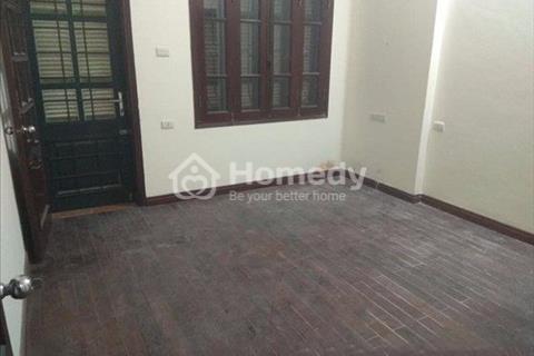 Chính chủ cần bán gấp nhà tại Giang Văn Minh, Ba Đình