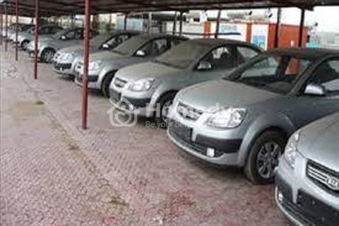 Bãi giữ xe ô tô mới xây dựng - quận Bình Thạnh