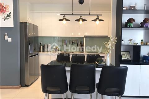 Cần bán căn hộ Vinhomes tòa C3 tầng tầm trung, view thoáng mát thích hợp mua để tận hưởng cuộc sống