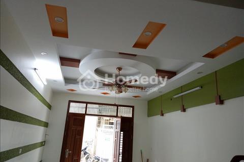 Gia đình muốn bán gấp trong tuần nhà 35m2 x 5 tầng, ngõ 3m, mặt tiền 4m, 5 phòng ngủ, Dịch Vọng Hậu