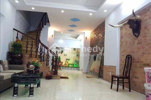 Nhà cực đẹp, diện tích lớn, ô tô vào nhà, chỉ 4,5 tỷ, phố Bùi Xương Trạch, Thanh Xuân