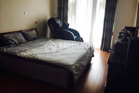 Cho thuê căn hộ chung cư 36 Hoàng Cầu, 92m2, 2 phòng ngủ, đủ đồ nội thất, 19 triệu/tháng