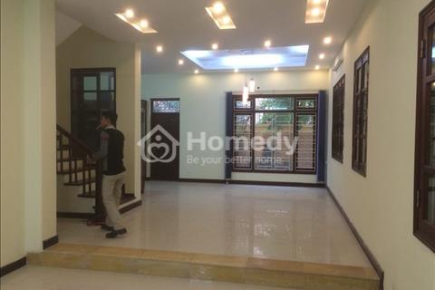 Cho thuê biệt thự hoàn thiện ở Việt Hưng - Long Biên, nhà rất đẹp, 240m2, 20 triệu/tháng