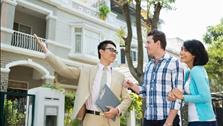 Mua nhà qua môi giới bất động sản, khi nào nên?